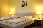 Großes Schlafzimmer des Reiterhof Appartement für 4 Personen im Reiterdorf Lüneburger Heide
